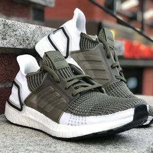 Adidas UltraBoost 19 Raw Khaki/Brown Core Black